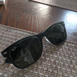 Ray-Ban original Wayfair polarized sunglasses